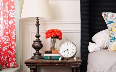 5 Ways to Decorate a Nightstand-5 (Very) Different Styles