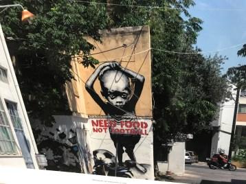 powerful documenta streetart