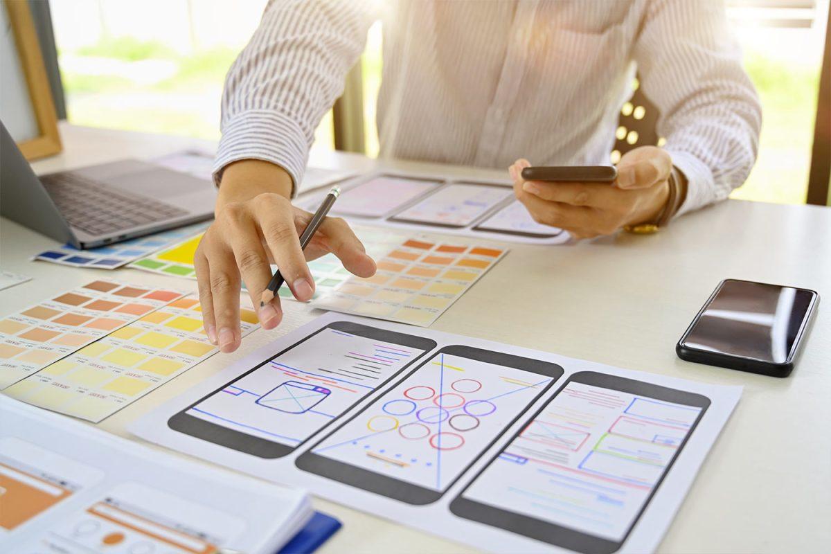 A qui doit-on confier la stratégie mobile au sein de l'entreprise ?