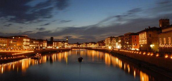 Fiesta típica de Pisa la luminaria