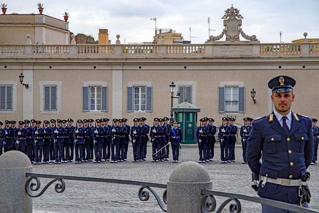 Ver la plaza Quirinale en Roma