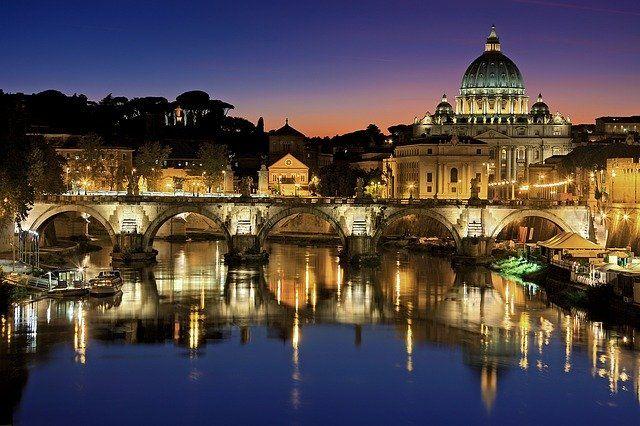que visitar en Roma de noche
