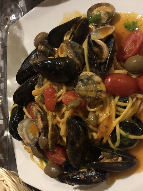 platos de la cocina italiana: Tagliolini all'algherese