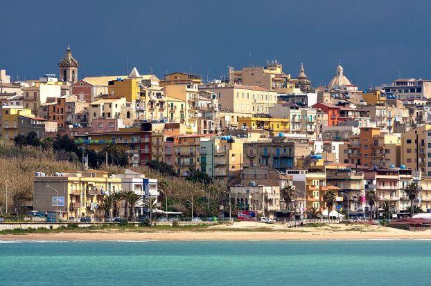 Gela: Una de las ciudades de Sicilia