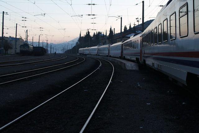 Como ir de Béramo a Brescia en tren