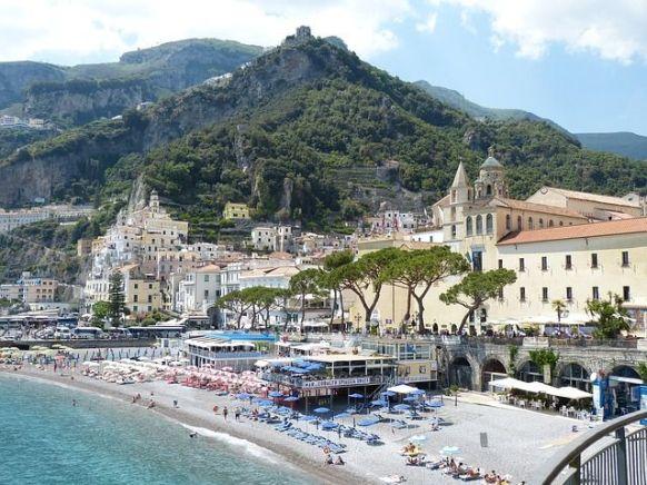 Visitar las playas de Amalfi