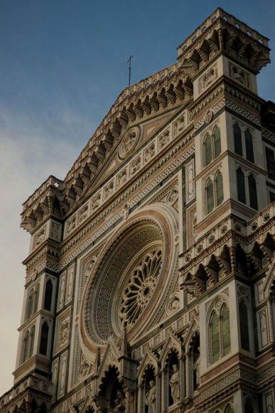 Como ir de Bolonia a Florencia