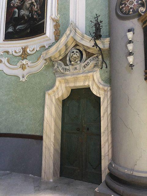 Interior iglesia del purgatorio