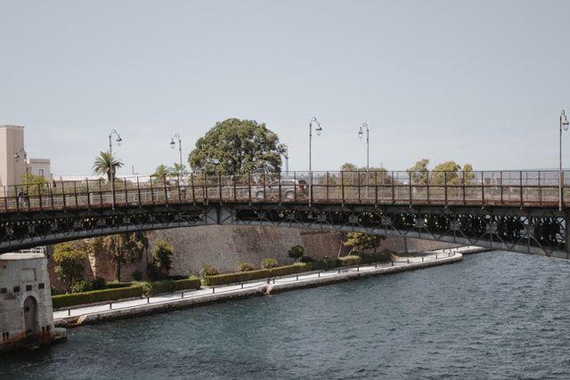 Puente Girevole