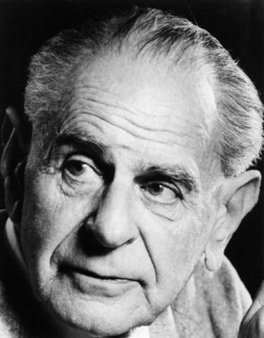 Retrato de Karl Popper, el fundador del concepto de falsación