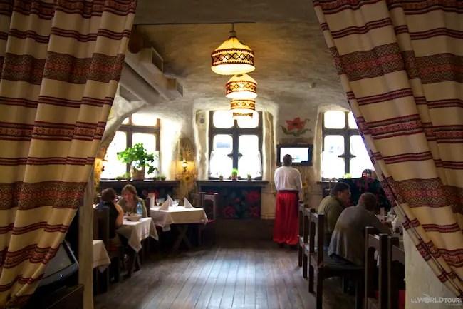 St Petersburg Food MariVanna