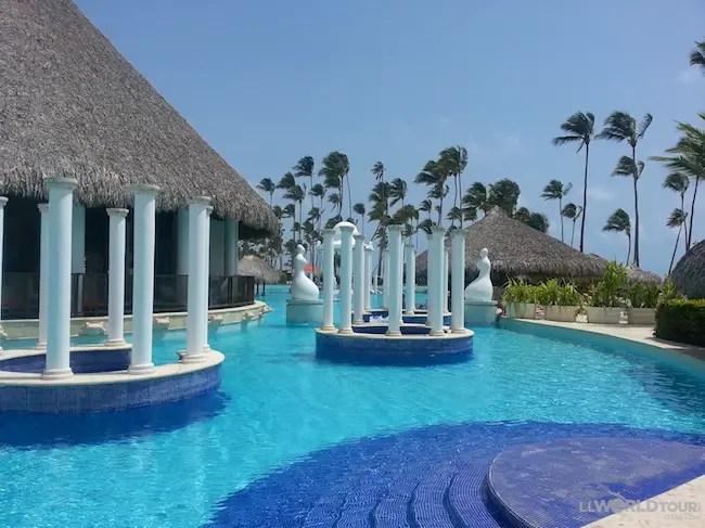 Paradisus Pool