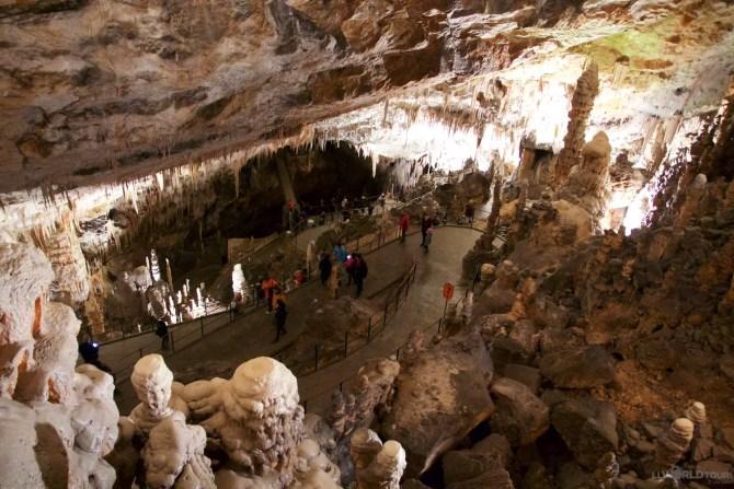 Postojna Cave15