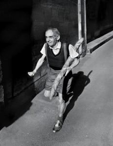 Hommage à Willy RONIS, Le petit parisien, 1952, 2014 — Catherine Balet avec Ricardo Martinez Paz