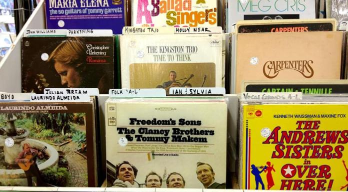 Moodle, the LRS? Getting Started With xAPI Learning Record Stores