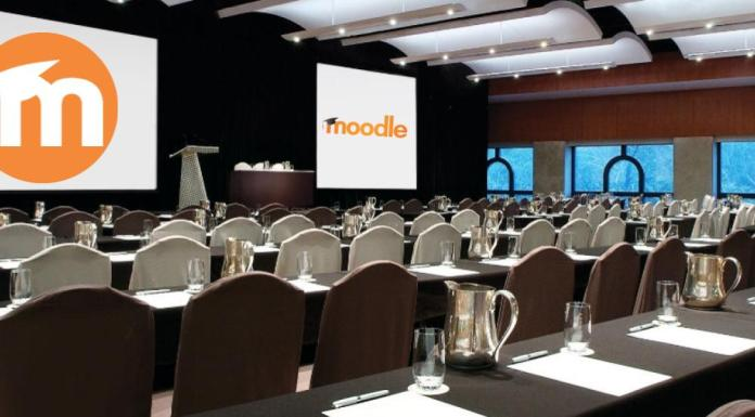 Presenting In MoodleMoot Australia 2017: Tips From An Expert