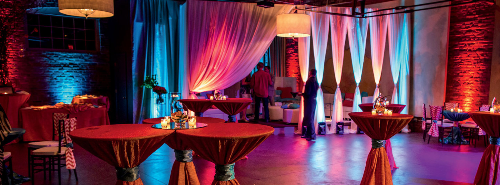 chair covers rental cleveland ohio coolest dorm chairs linens and rentals for weddings events parties l nique be unique