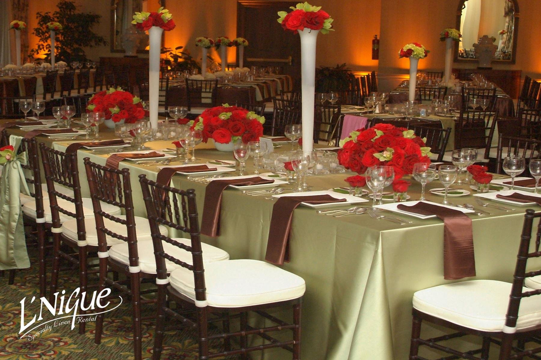 chair covers rental cleveland ohio ikea outdoor rocking satin kiwi tablecloth specialty linen