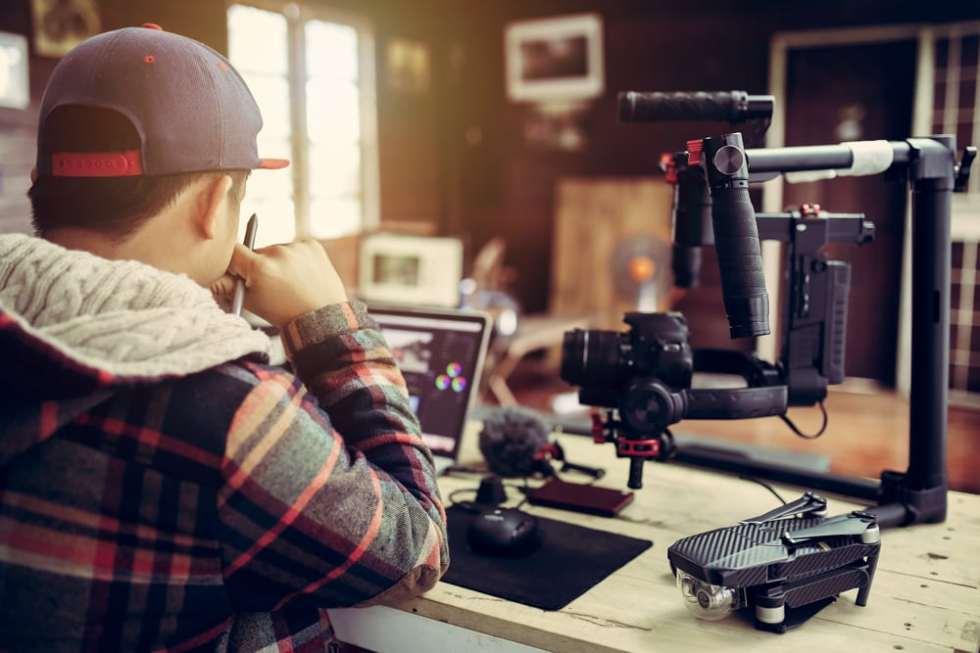 ไมโครโฟน YouTuber ที่ดีควรดูเรื่องอะไรบ้าง เพื่อให้ได้ไมโครโฟนที่เหมาะสมที่สุด คุ้มที่สุด