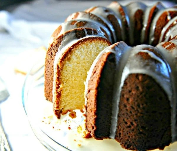 Easy Cream Cheese Pound Cake @loavesanddishes.net 3