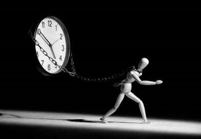 Rimandi ogni genere di impegno? Ecco come uscire dal circolo della procrastinazione in poche mosse