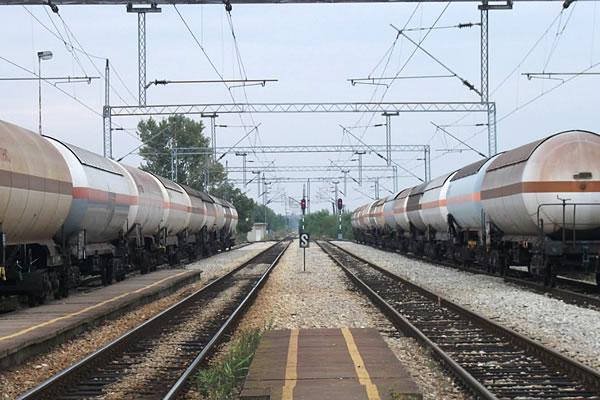 Železnička stanica Ovča - pruga Beograd Pančevu