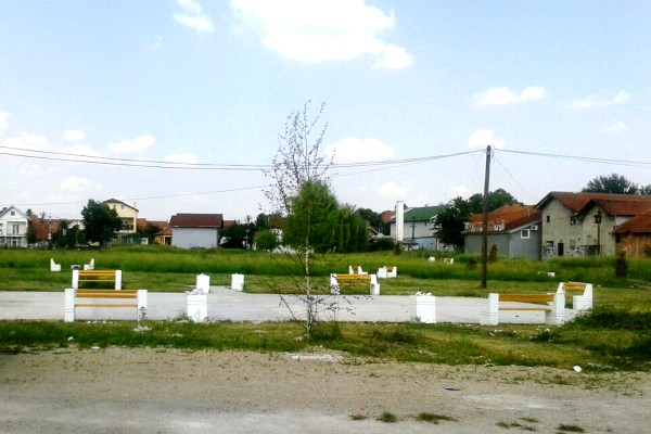 Postavljene sprave za vežbanje u novom parku u Borči (FOTO) - 19-06-2015