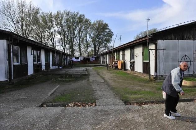 Izbeglički kamp u Krnjači