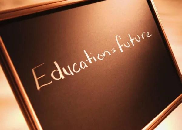 Znanje je budućnost - pokreni se, promeni navike