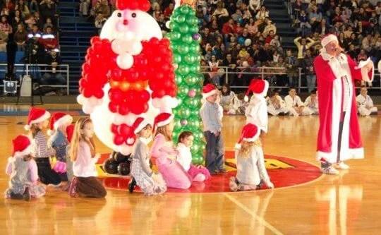 Deda Mraz je sa Palilule