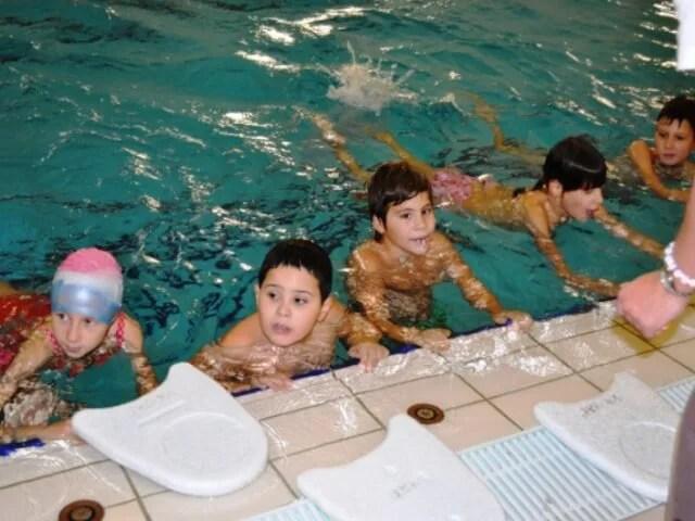 Podeljene diplome školarcima u akciji Plivaj i uživaj