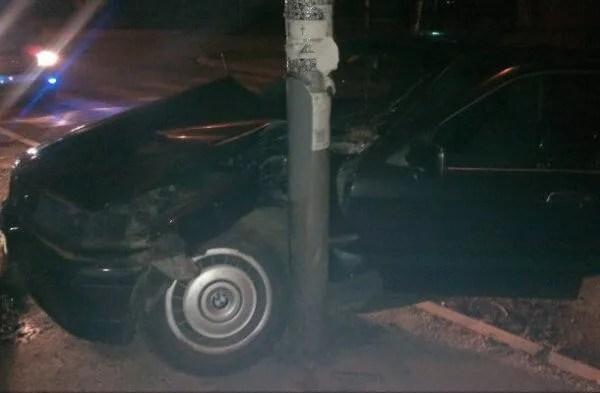 Zrenjaninski put: Taksista doživeo infarkt tokom vožnje, sleteo sa puta i poginuo - 09.04.2014