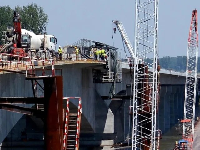 Dunav ne ugrožava radove na mostu Zemun-Borča