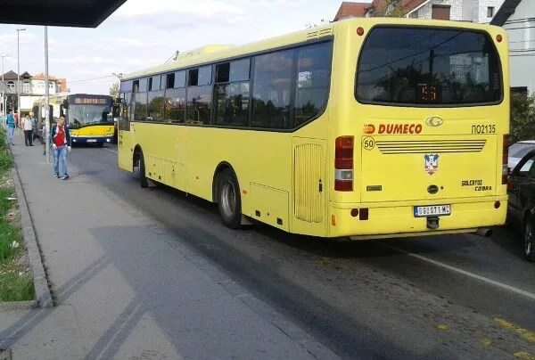 Sudar autobusa na liniji 96 i automobila u Borči - 2015