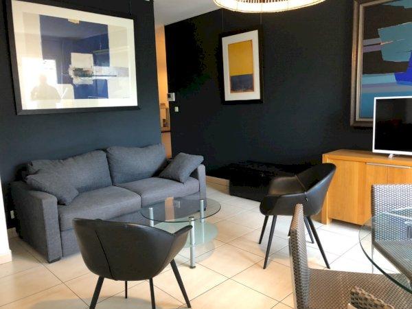 Appartement meubl T2 50 m avec balcon et parking en soussol  cave  louer Valenciennes