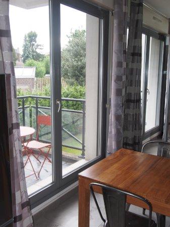 Studio meubl de standing 22m  balcon  louer Valenciennes