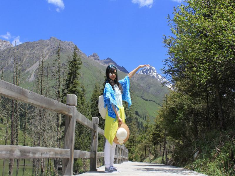 3 Day Mount Siguniang Wolong Panda Tour Sichun China