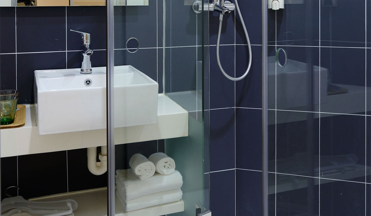 Blue Shower Room Tiles 1 Local Flooring Tiles Blaenporth Cardigan West Wales