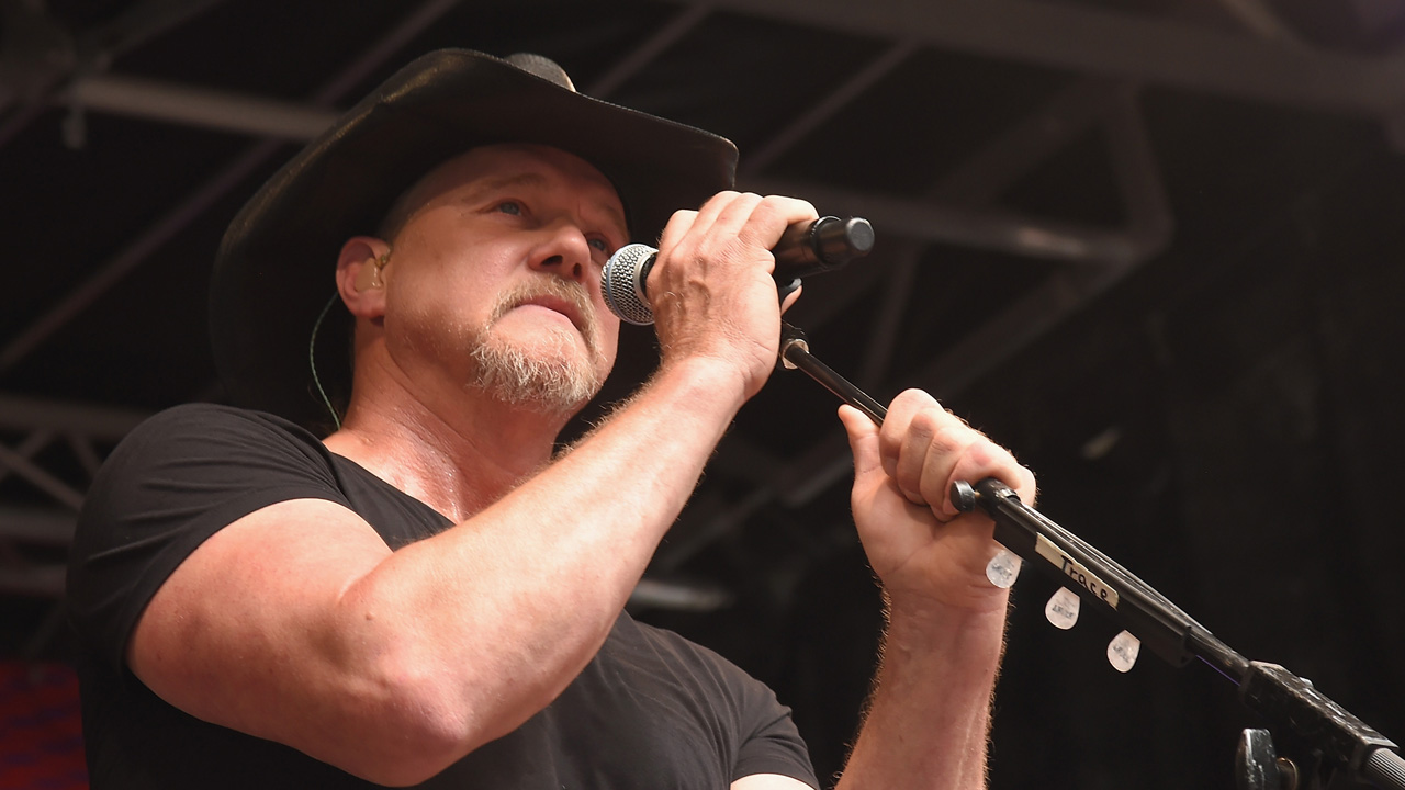 Trave Adkins