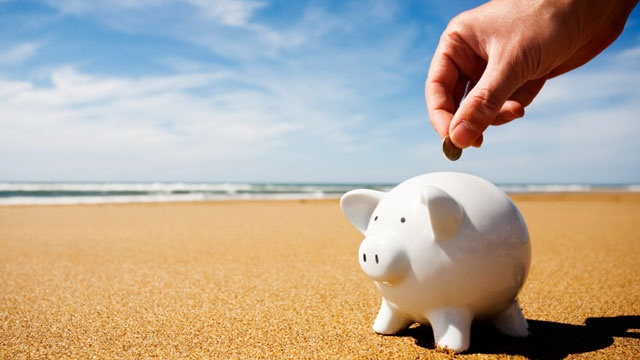 Tax-Refunds---piggy-bank-on-beach-jpg_157949_ver1_20170320191807-159532
