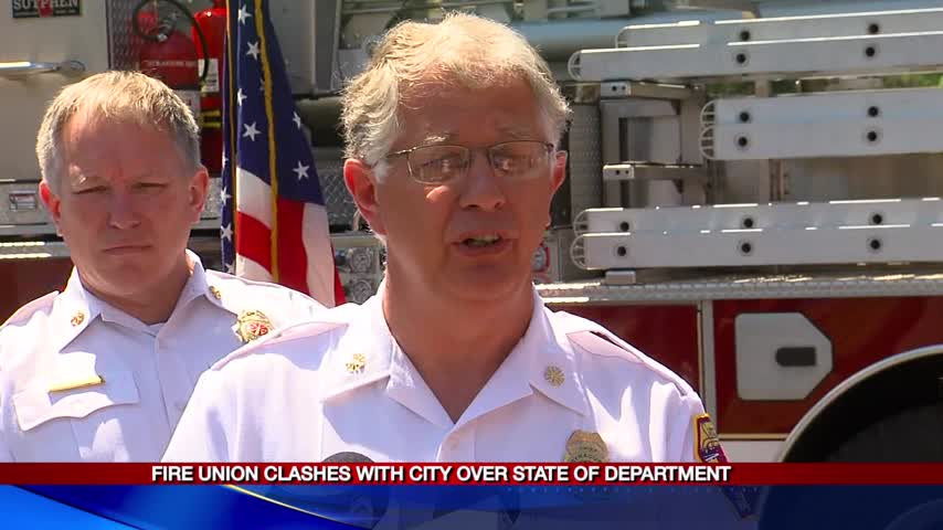 Fire union clashes with city over state of fire department_01789467