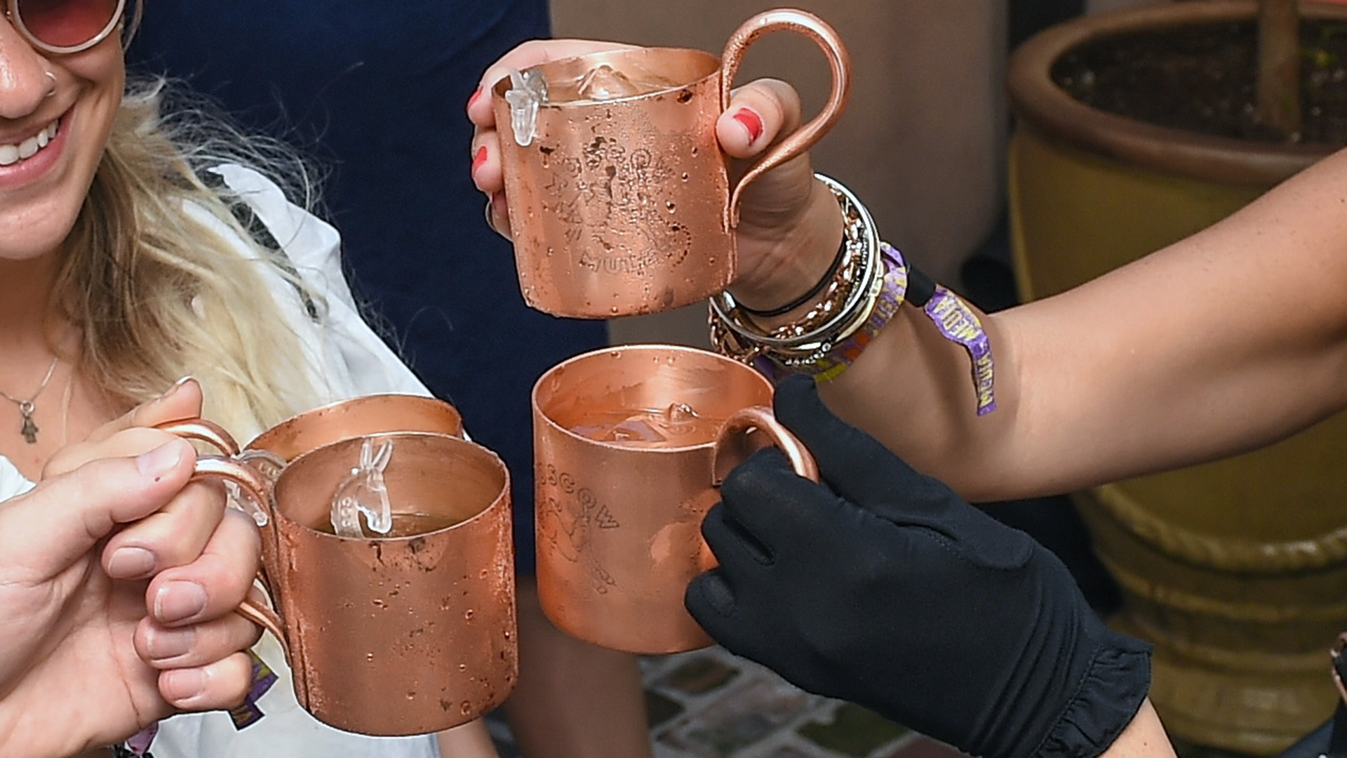4 Moscow Mules-159532.jpg06134028
