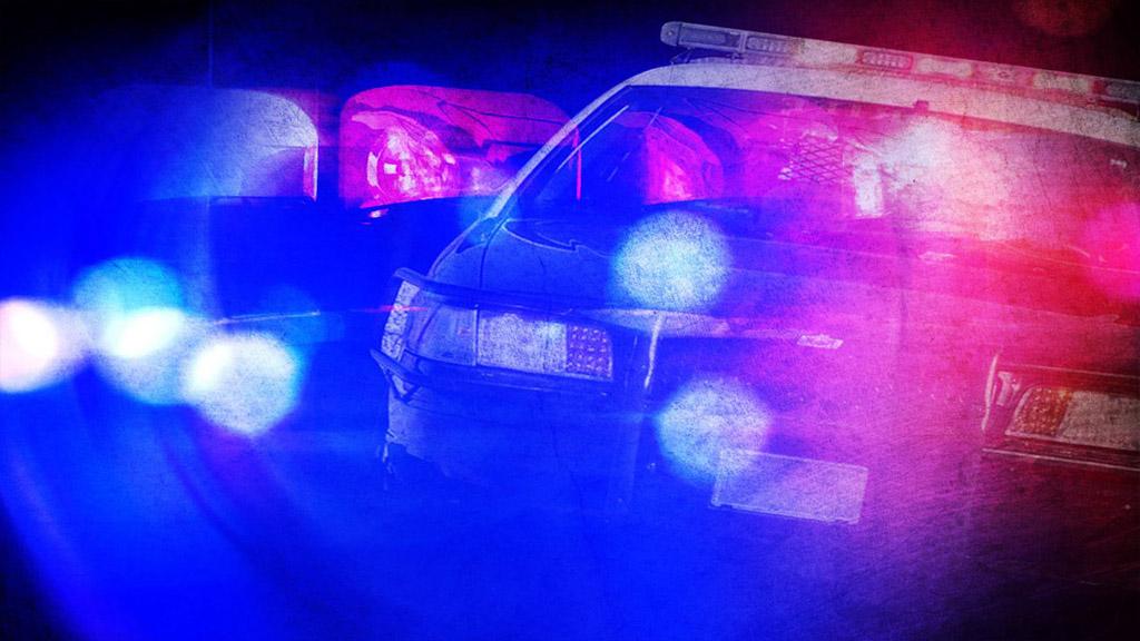 Police lights 3_1504357300015.jpg