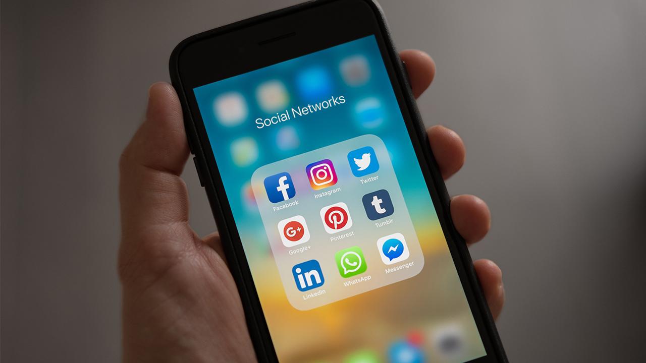 social-media-cell-phone-social-networks_1523383785761_359732_ver1_20180411053901-159532