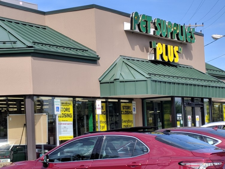 DeWitt Pet Supplies Plus store closing, Cicero location to remain open