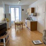 Appartement jaune- location la roche posay delphine et stephane podevin (3)