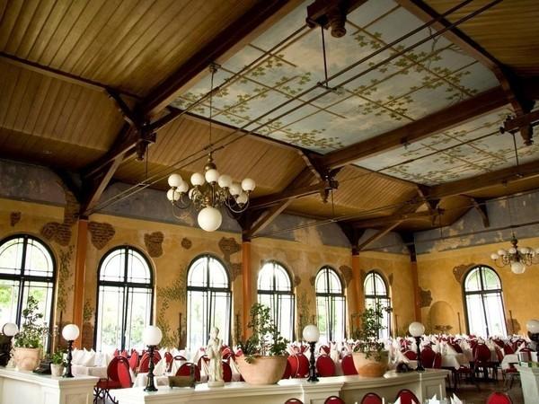 Festsaal in mediterranem Restaurant in Berlin mieten