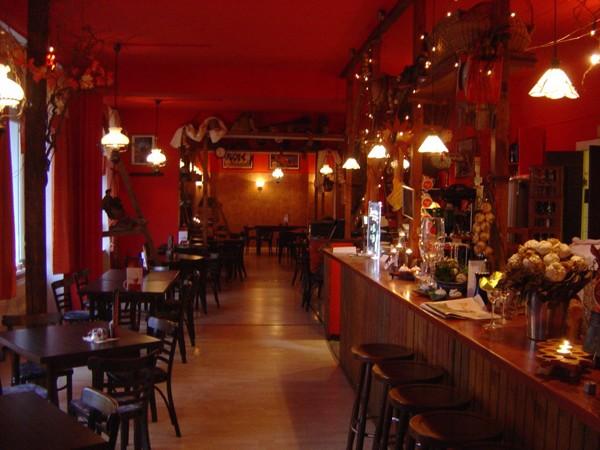 SpezialittenRestaurant mit Partykeller in Berlin mieten  Eventlocation und Hochzeitslocation