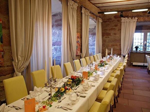 Schloss Enztal in Neuenbrg Karlsruhe mieten  Eventlocation und Hochzeitslocation  location