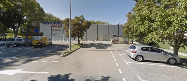 Carrefour location Millau